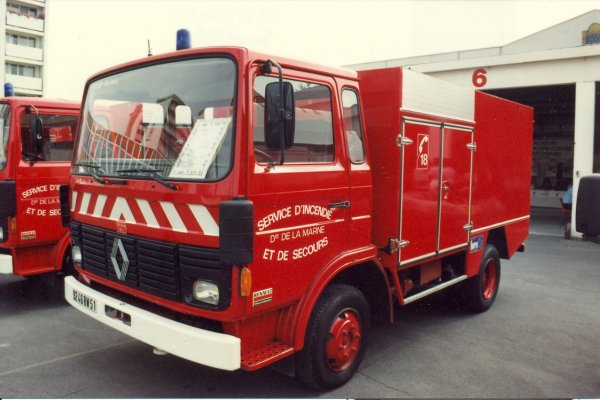 ANCIEN VEPO RENAULT JN60 SIDES CHALONS-EN-CHAMPAGNE