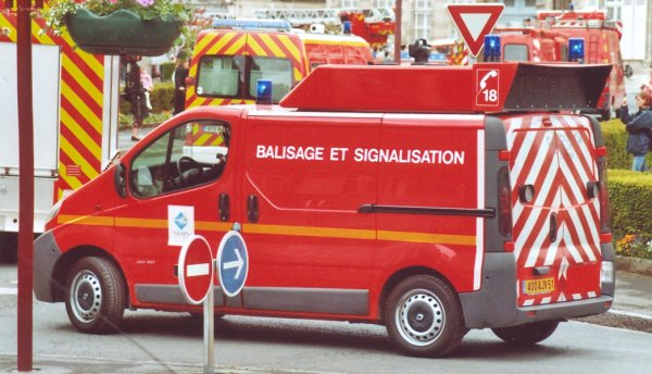 ANCIEN VBS RENAULT TRAFFIC PHASE II DCI80 SAINTE-MENEHOULD