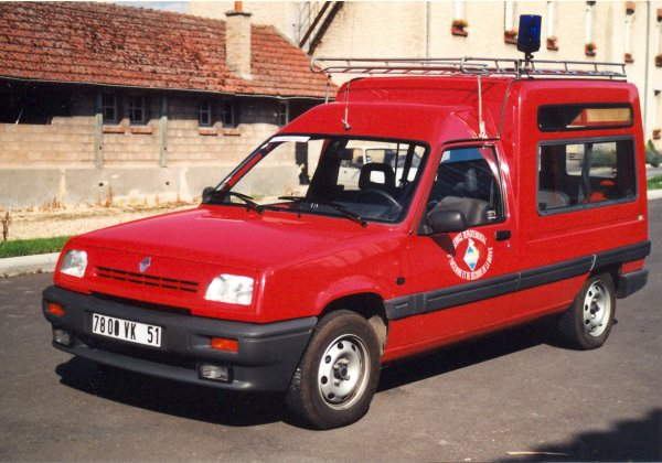 ANCIENNE VLTP RENAULT EXPRESS 1.2 RN CS WARMERIVILLE