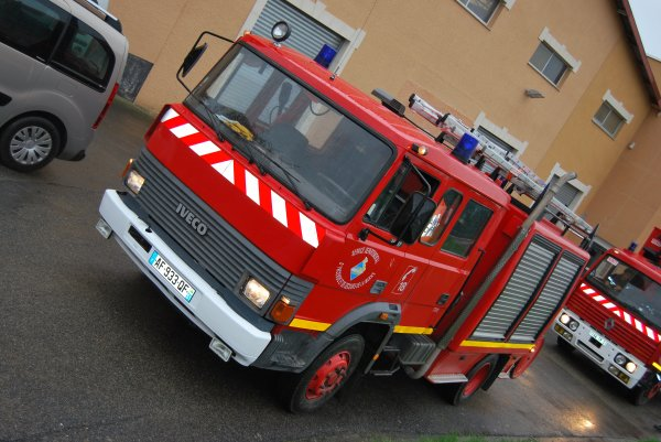 ANCIEN FPT IVECO 135-17 SIDES CS CORMICY
