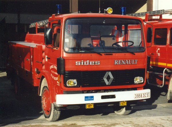ANCIEN CCI RENAULT JP13 SIDES CS MOURMELON-LE-GRAND