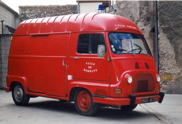 ANCIEN VID RENAULT ESTAFETTE ESSENCE DORMANS