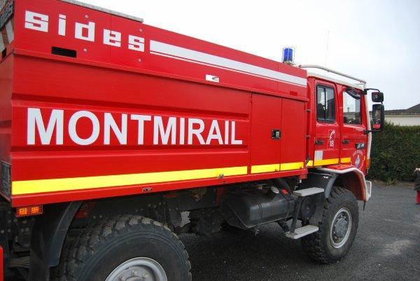 CCFS5000 RENAULT M210 SIDES CIS MONTMIRAIL
