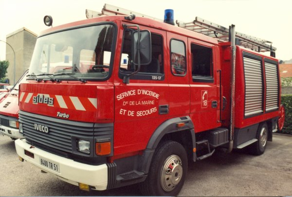 ANCIEN FPT N°3 IVECO 135-17 TURBO SIDES REIMS-WITRY