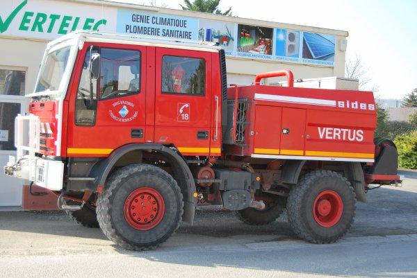 CCFM 3200L IVECO 135E23 SIDES CIS VERTUS