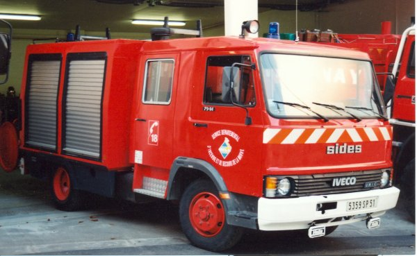 ANCIEN FPTL IVECO 79-14 SIDES CS CORMICY