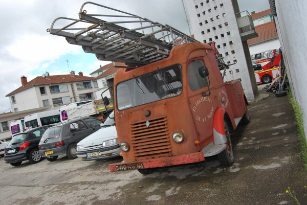 ANCIENNE ESP RENAULT GALLION VITRY-LE-FRANCOIS