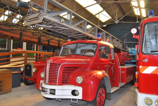 ANCIENNE EPA N°4 BERLIET GLC MAGIRUS CSP REIMS-WITRY