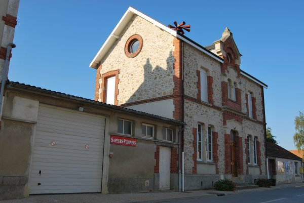 CENTRE DE PREMIERE INTERVENTION COMMUNAL DE LA-NEUVILLE-AUX-LARRIS