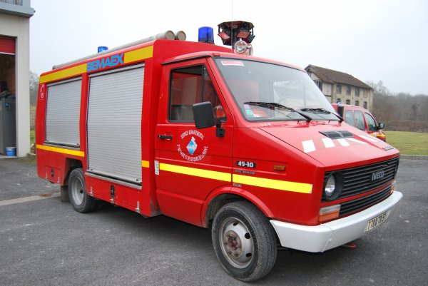 ANCIEN VSR IVECO DAILY 49-10 BEMAEX CS WARMERIVILLE