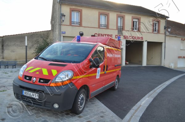 VBS RENAULT TRAFFIC DCI80 CIS TOURS-SUR-MARNE