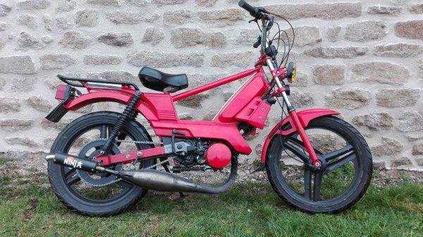 103 SPX rouge