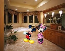 mickey et minnie dans ma salle de bain