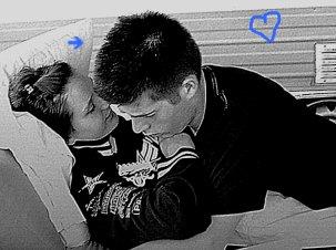 C'est quand la distance s'impose que l'amour transparait le plus. Le vide de l'absence nous fait aimer plus fort ♥