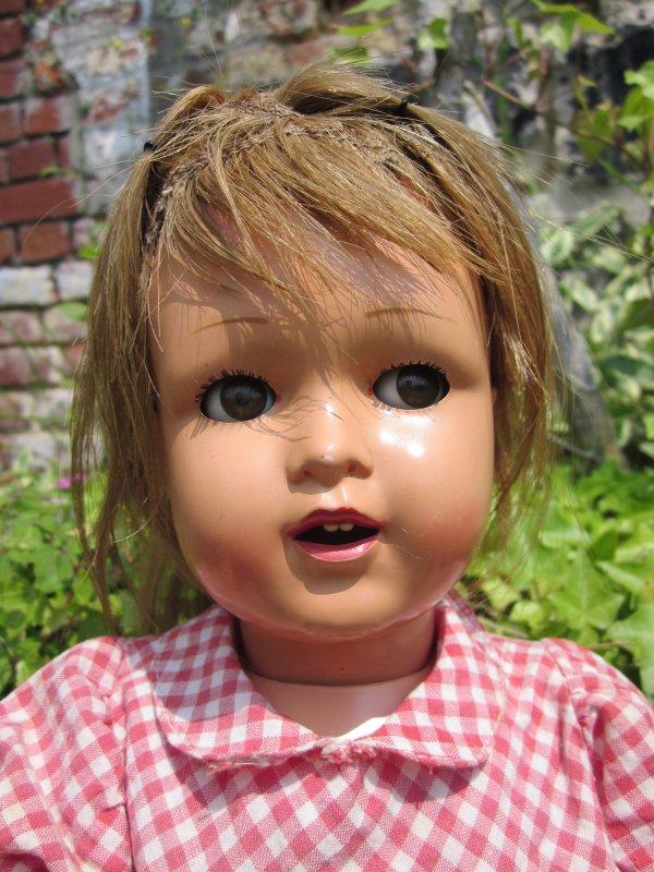 Jolie poupée Raynal