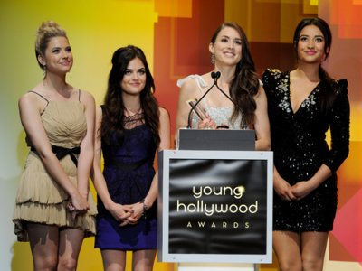 Pretty Little Liars Win a Young Hollywood Award