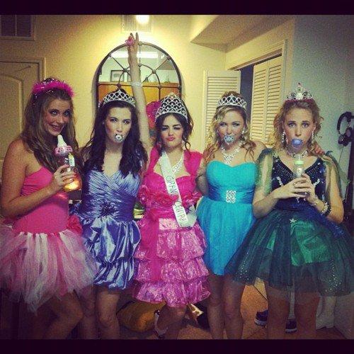 Lucy et ses amies pour Halloween