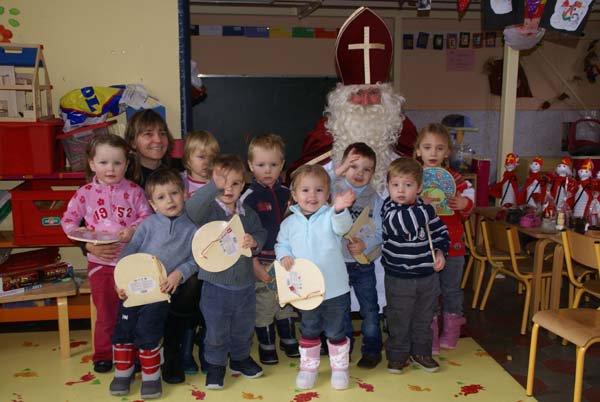 St Nicolas à l'école des filles