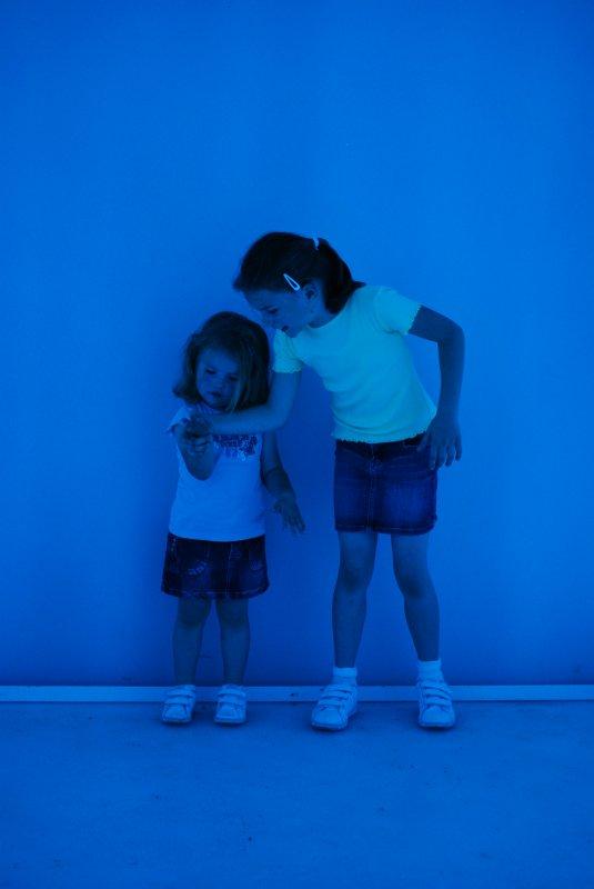 Vivre une expérience sensorielle unique ->  Découvrir et redécouvrir les couleurs, perdre toute notion d'espace