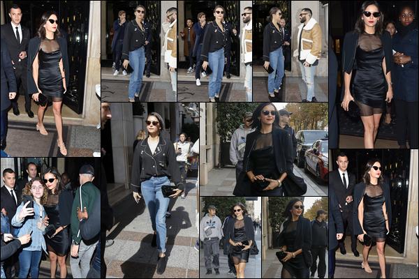 """29.09.2018 : Nina Dobrev , très élégante a été vu sortant de l'hôtel """"George V"""" dans la ville de Paris en France"""