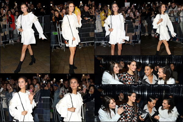 02.10.2018 : La belle Nina Dobrev , s'est rendu au défilé Louis Vuitton qui avait lieu à Paris en France