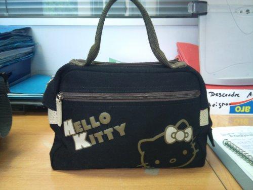 HELLO KITTY !!! :)