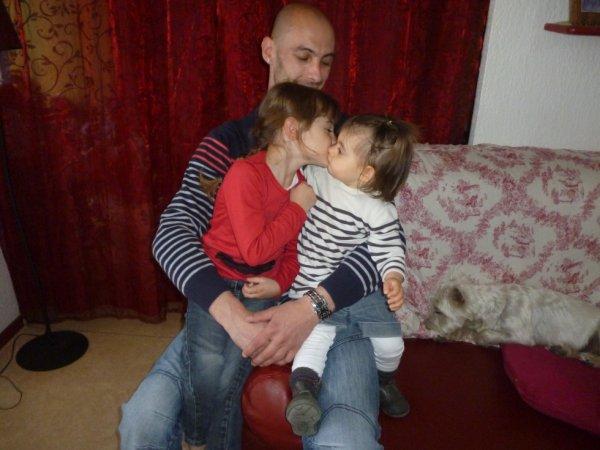 mes deux princesses avec leur Papou !