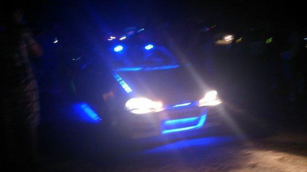 Show néon à notre meeting à Gron.