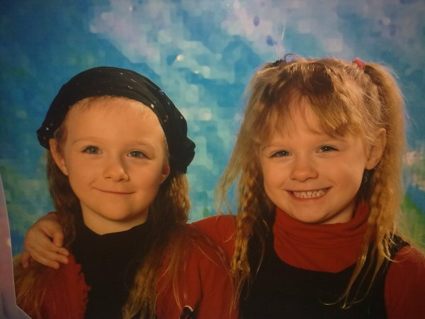 voila mes deux petites jumelles