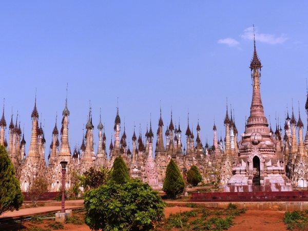Myanmar 16 : Le site exceptionnel de Phaung Daw Sit