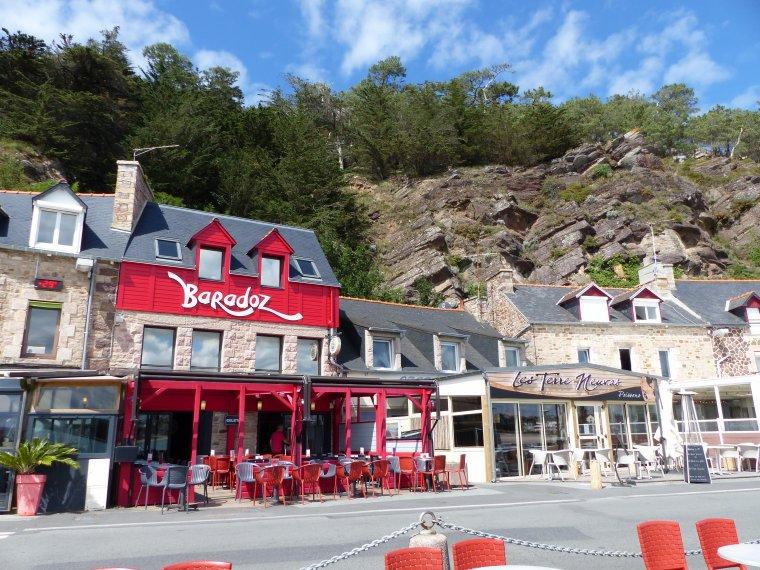 Erquy la ville et ses environs dans les Côtes d'Armores.