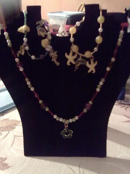 Le collier (14) et Les bracelets (16) et (17)!!!!!!!!!!!!