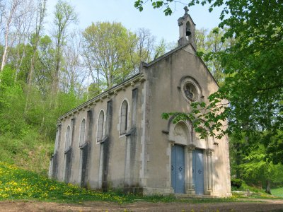 La chapelle de Jevaux :   ( Meuse ) .