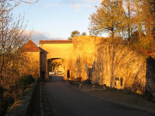 Liverdun : la cité fortifiée des Evêques de Toul ;