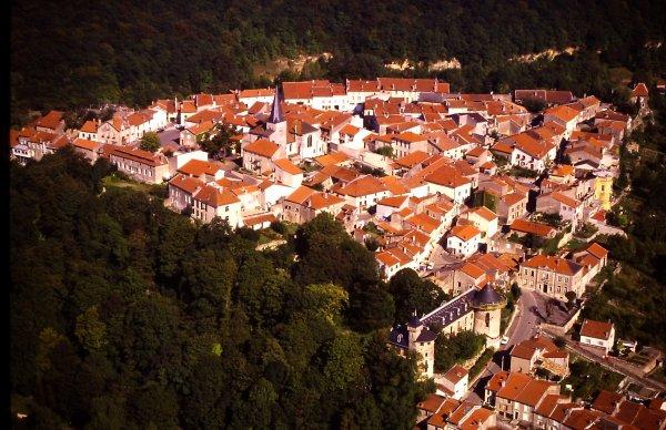 Liverdun : la cité médiévale .( II )