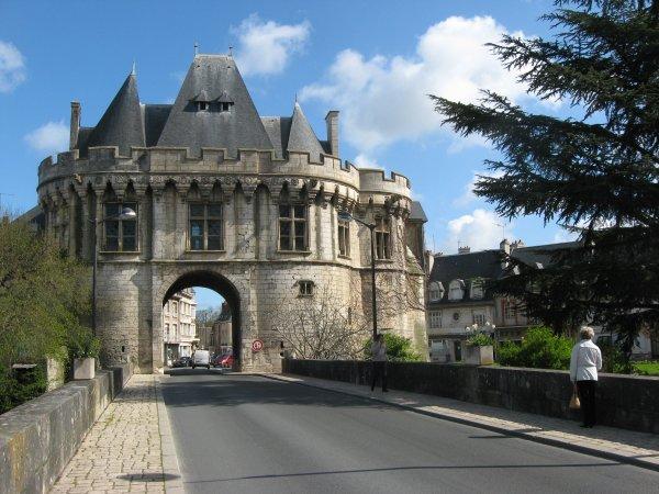 Escapade à Vendôme ( II ) :