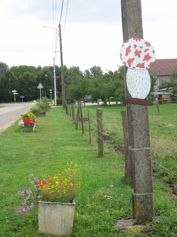 Un village tintinophile !....( I I ) :
