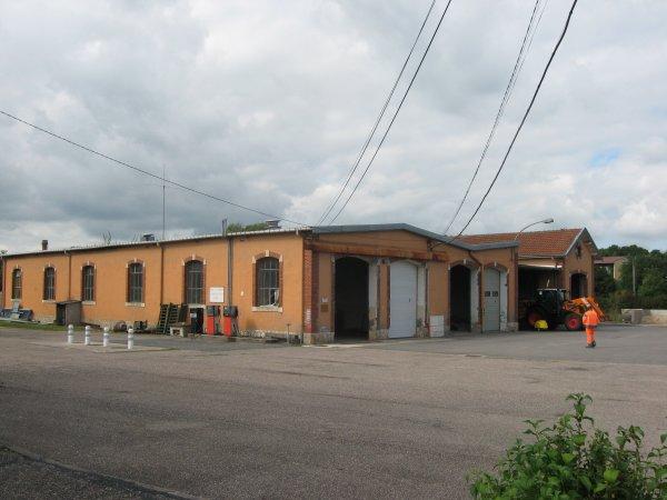TOUL   : La gare de marchandises du Thiaucourt . ( II )