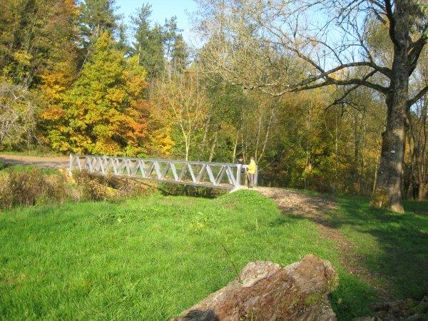 Le moulin de Villevaux : nouvelle passerelle: