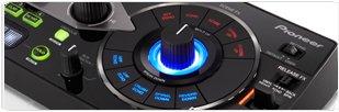 Un système trois-en-un composé d'un logiciel d'édition, dans un appareil innovant, avec plug-ins VST et AU