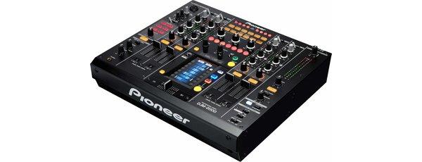 Table de mixage professionnelle pour DJ la DJM 2000