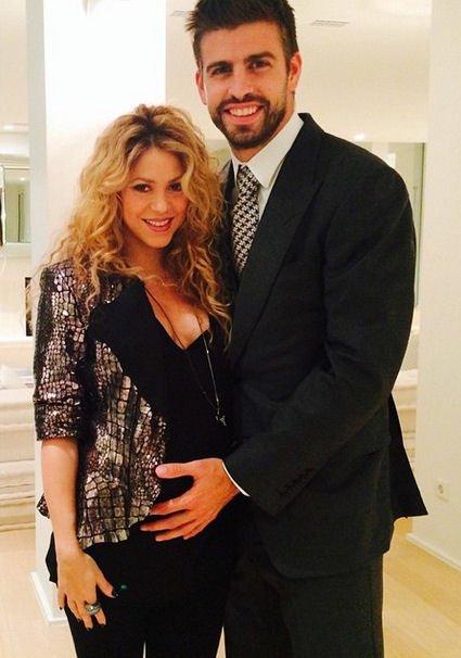 Shakira enceinte de Sasha Piqué
