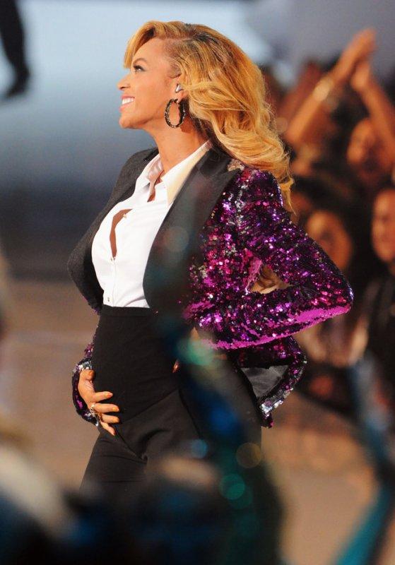 Beyonce enceinte de Bleu Ivy Carter