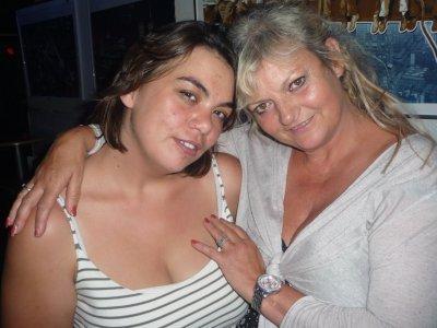 Justine avec Muriel MONTOSSEY