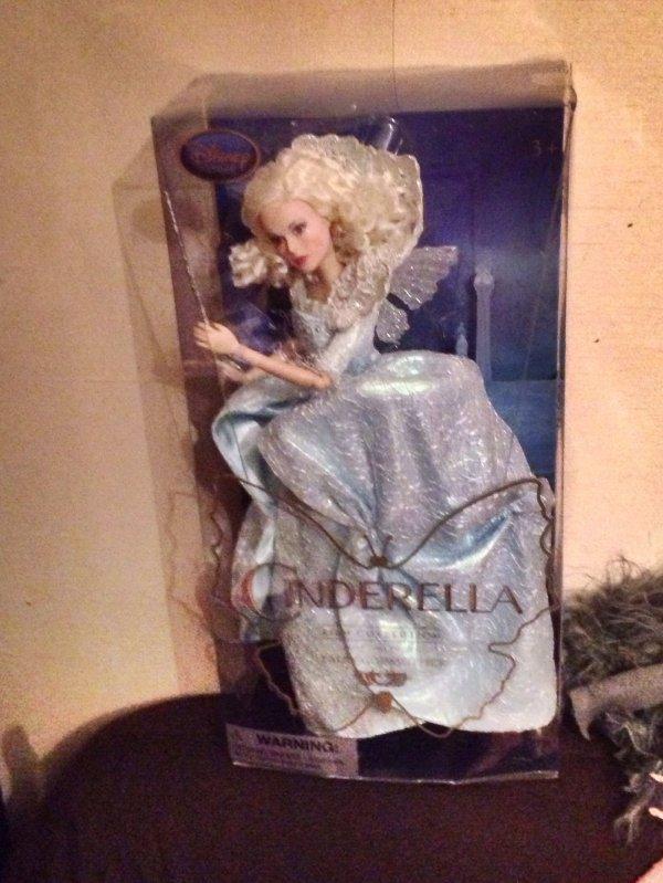 Ma nouvelle poupée Disney Fairy Godmother Cendrillon 2015