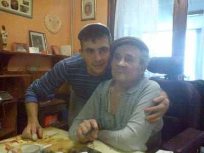 voila moi et mon pere je t aime papa de tout mon coeur
