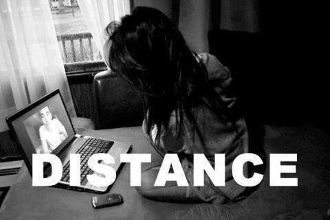 Distance...Je te hais mais toi je t aime.