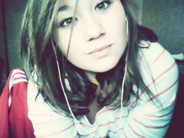Je pensais t'avoir assez prouver t'aimer , mais non ... a la première occasion tu me blesses .
