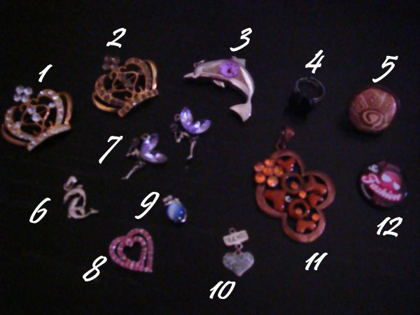Bagues, pendentifs,broches