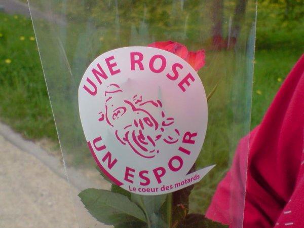 1 ROSE 1 ESPOIR 2014- le coeur des motards